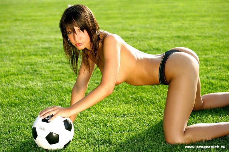 Girl football nud — 12