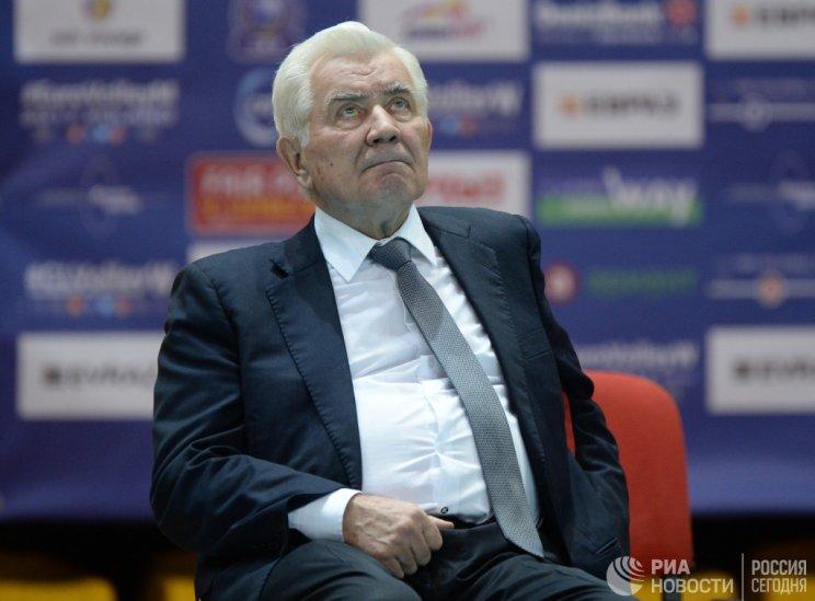 Волейбольный тренер Николай Карполь побил рекорд Книги Гиннесса